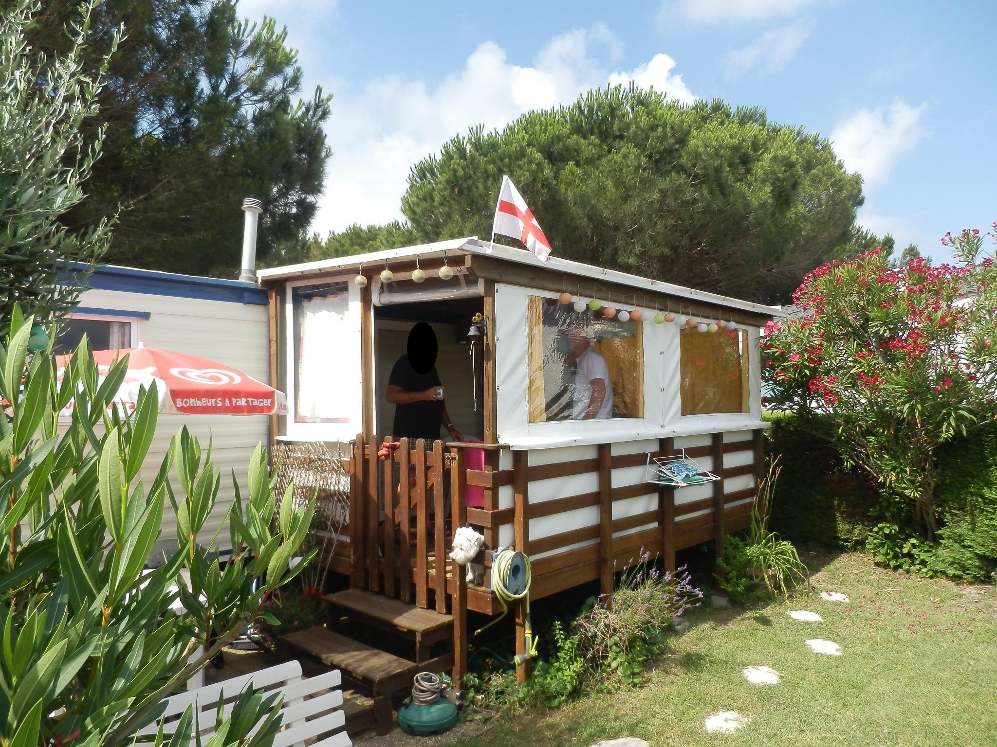 Terrasse Fermée En Bois terrasse couverte & fermée mobil home en bois autoclave - amapola caravane  mobil home
