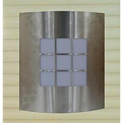 Eclairage extérieur polycarbonate avec entourage chrome IP44 230x260 60W E27